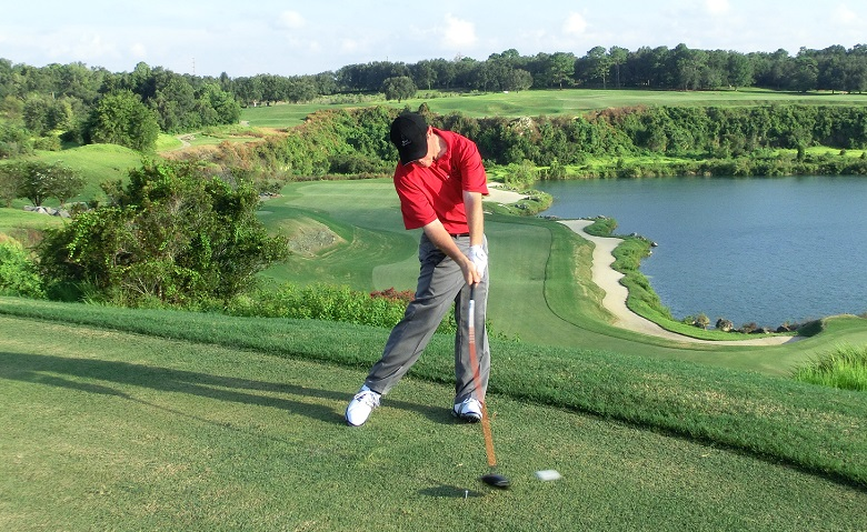 At The Gravity Golf Academy in Orlando Everyone Learns How To Hit A Draw