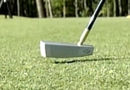 A Putter Built With Trap In The Face Like A Hockey Stick Let's Your Turn Your Putts Into The Hole